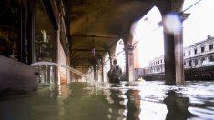 Venecia se sumerge bajo el mar de nuevo, esta vez con una marea de 1,54 metros