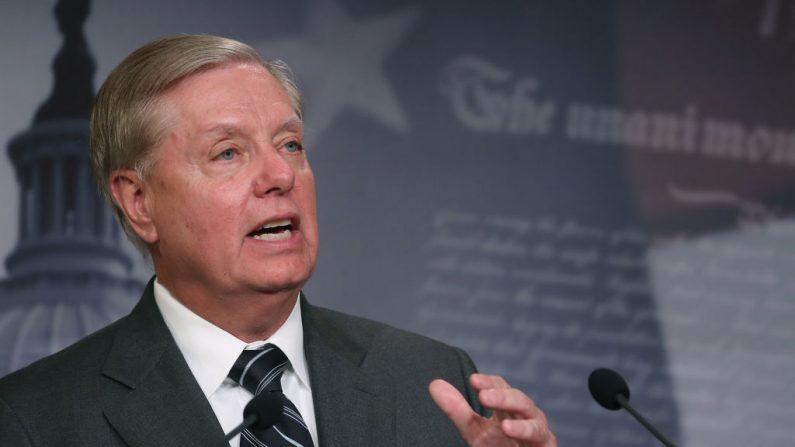 Presidente del Comité Judicial del Senado, Lindsey Graham (R-SC), en el Capitolio de Estados Unidos el 24 de octubre de 2019 en Washington, DC. (Mark Wilson/Getty Images)