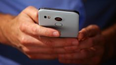Hackers podrían acceder a cámaras de teléfonos Android para espiar a usuarios, dice investigación