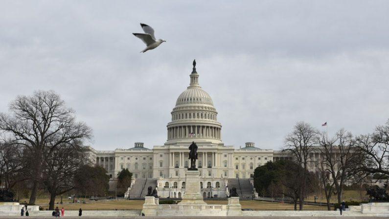 El Capitolio de EE.UU. en Washington, DC el 22 de enero de 2018. (MANDEL NGAN/AFP a través de Getty Images)