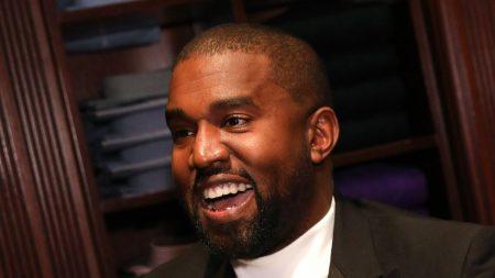 Grupo ateo denuncia la actuación de Kanye West y servicios religiosos en una cárcel de Texas