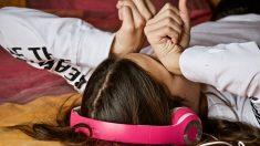 Cómo ayudar a adolescentes bajo la presión de la tecnología y las redes sociales