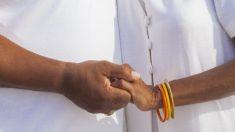 Casal de idosos dos EUA vive oito décadas de devoção e amor