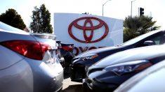 California promete boicotear a fabricantes de autos que apoyen estándares de eficiencia energética de Trump