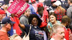 La aprobación de Trump entre los negros supera el 34 por ciento en la encuesta de Emerson