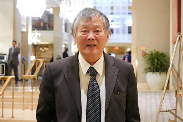 El reconocido activista prodemocracia chino, Wei Jingsheng, dice  que si el movimiento prodemocracia tiene éxito, se desplegará a China, y así el área continental podría pasar por una transición pacífica de un régimen del Partido Comunista a un sistema político democrático. No obstante, si el movimiento de Hong Kong es reprimido por el Partido Comunista Chino (PCCh), el fracaso también causará severos daños a Estados Unidos. (Zhang Yi/La Gran Época)