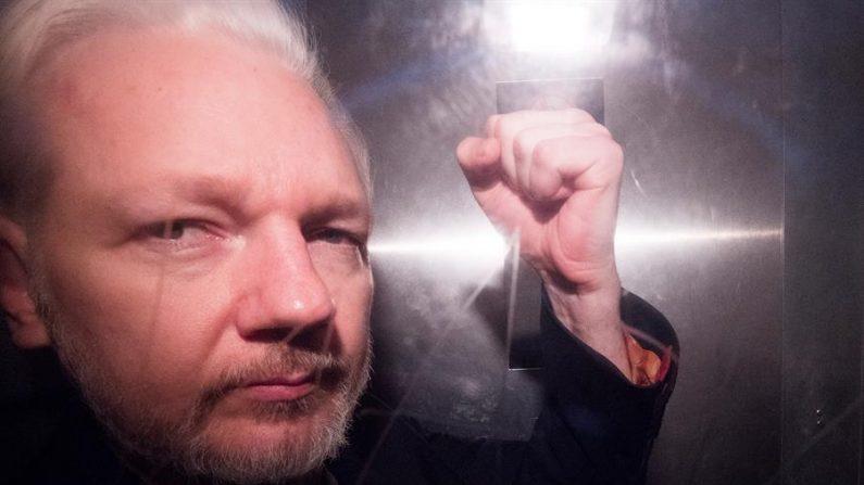 O fundador do WikiLeaks, Julian Assange (EFE / Neil Hall / Arquivo)