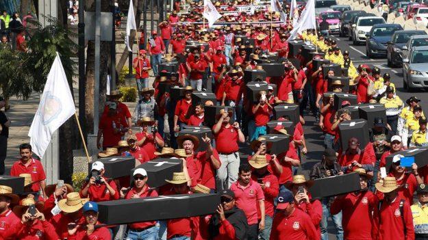 México inicia el rescate de 63 mineros sepultados en Pasta de Conchos en 2006
