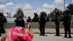 Após incidente em refinaria, sete são acusados de terrorismo e insurreição