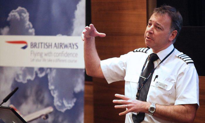 El Capitán Steve Allright ha dirigido los cursos de Vuelo con Confianza de British Airways durante 24 años. (Cortesía de British Airways)