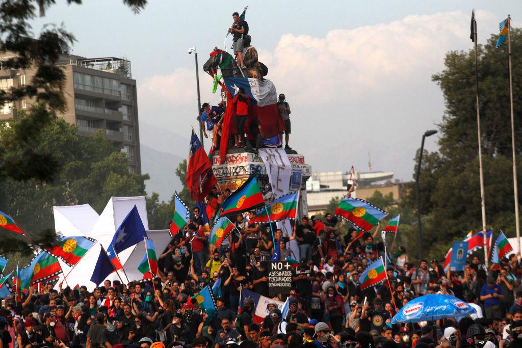 Governo e oposição no Chile fazem acordo para convocar plebiscito | Carta  Magna | Constituição | protestos | LA GRAN ÉPOCA