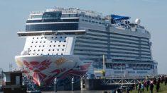 Trasladan pasajeros al hospital en el puerto de Los Ángeles tras enfermarse a bordo de un crucero
