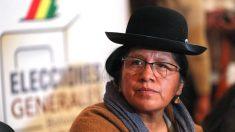 Detienen a expresidente de Tribunal Supremo Electoral boliviano cuando escapaba vestida de hombre
