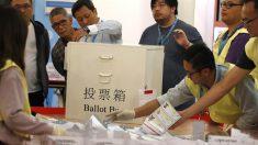 Marcadas por protestos, eleições em Hong Kong tem participação recorde
