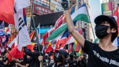 Caos en Hong Kong después de que la policía disuelve las protestas con gas lacrimógeno