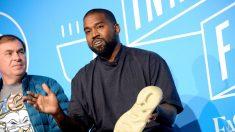 """Kanye West dice a los afroamericanos no """"votar solo a demócratas por el resto de nuestras vidas"""""""