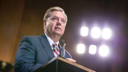 Graham pide al Departamento de Estado que divulgue documentos sobre los Biden y Ucrania desde 2016