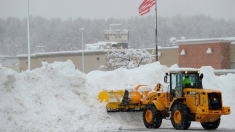 Primera tormenta invernal en California deja hasta 16 pulgadas de nieve