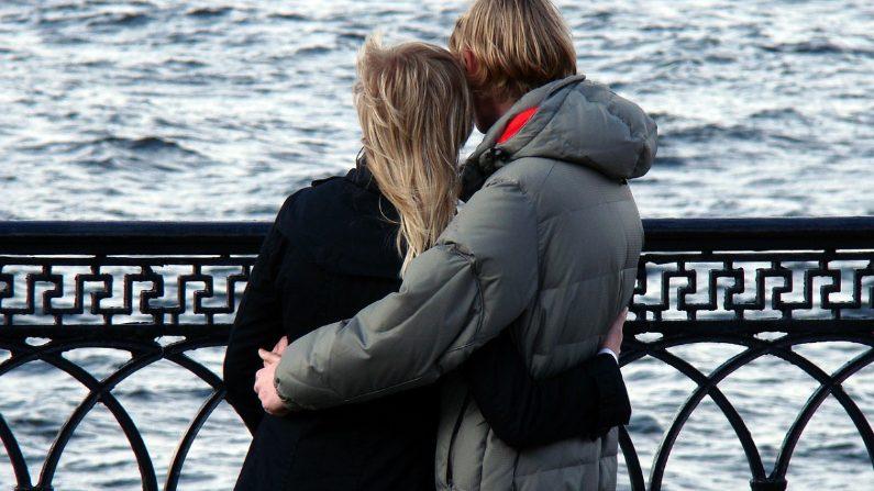 """Tan solo preguntado """"¿cómo estuvo tu día?"""", puede mejorar la seguridad de tu pareja. (Takazart/Pixabay)"""