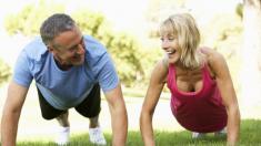 Cómo mantenerse en forma a los 60 y más allá