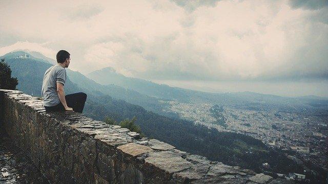 Asumir un estilo de vida minimalista no es una viaje fácil. Imagen ilustrativa (Free-Photos/Pixabay)