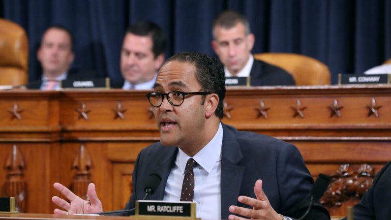 El representante Will Hurd (R-Texas) hace una declaración sobre el impeachment en Washington el 21 de noviembre de 2019. (Samuel Corum - Pool/Getty Images)