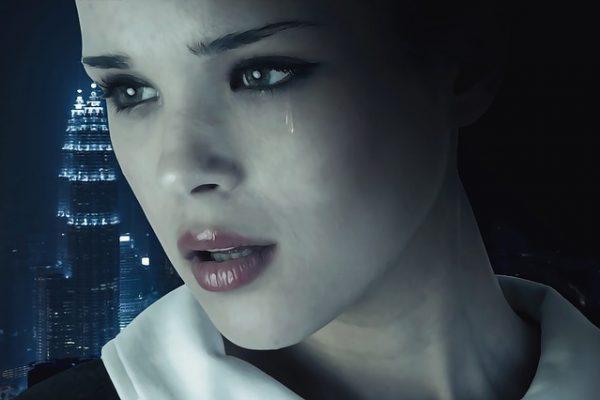 Mujer angustiada
