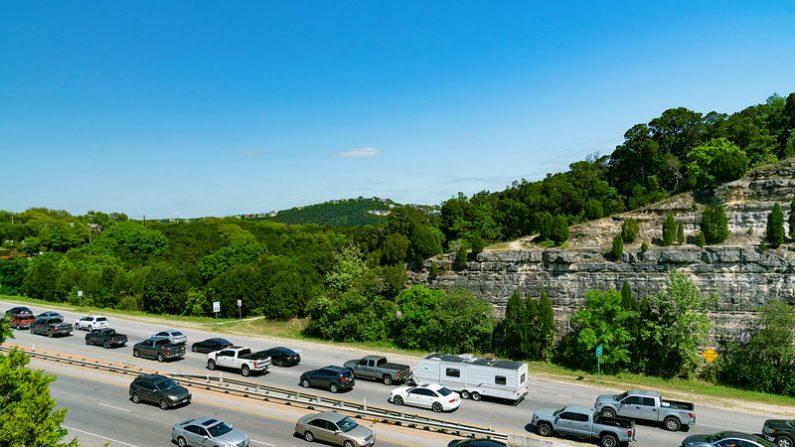 Tráfico en horas pico - Austin, Texas. (Tony Webster/Flickr commons)