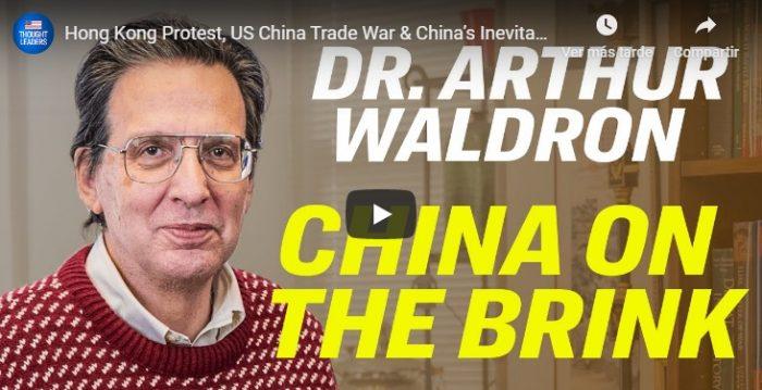 Regime comunista chinês está à beira da 'desintegração', afirma principal especialista na China