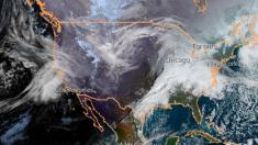 Una gran tormenta invernal se moverá hoy hacia el este mientras persiste la nieve en California