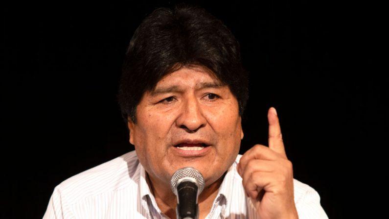 O ex-presidente da Bolívia, Evo Morales, realiza uma conferência de imprensa em 17 de dezembro de 2019 em Buenos Aires, Argentina. (Stringer / Getty Images)
