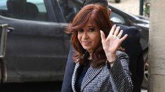 Cristina Kirchner se reúne con la hija de Hugo Chávez a pocos días de asumir como vicepresidenta