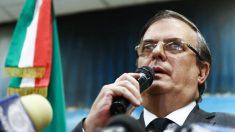 Canciller de México envía a casa a su embajador en Argentina por presunto robo de un libro en Buenos Aires