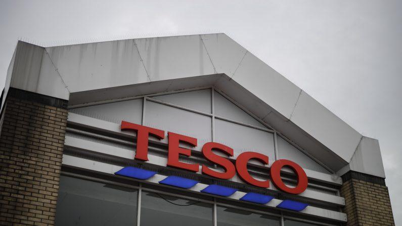 Una tienda de Tesco Superstore en el sur de Londres el 30 de septiembre de 2019. (Tolga Akmen/AFP a través de Getty Images)