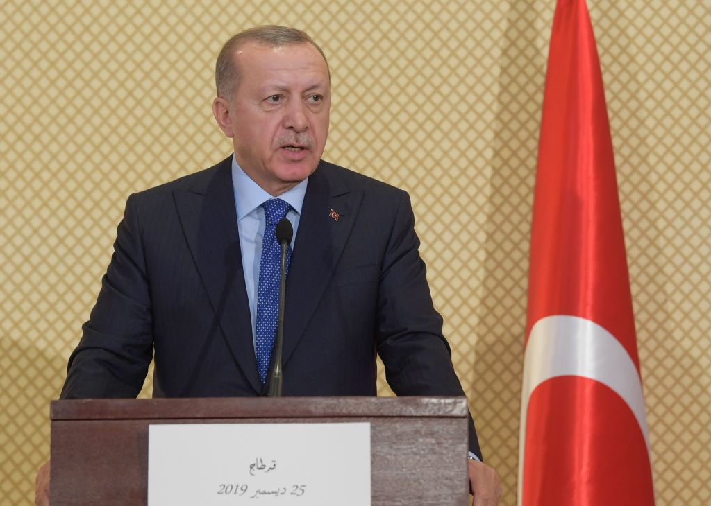 Erdogan ordena la destitución de 10 embajadores, incluido el enviado de EE.UU.