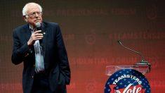 """Partidario de Trump toma el micrófono en acto de Bernie Sanders: """"El socialismo no funciona"""""""