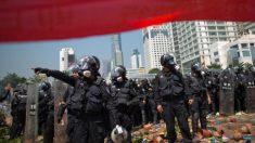 Ciudad china detiene proyecto de crematorio luego de enfrentamientos entre civiles y la policía