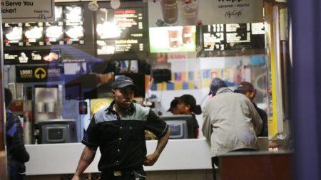 Más trabajadores calificarán para el pago de horas extras en el año nuevo