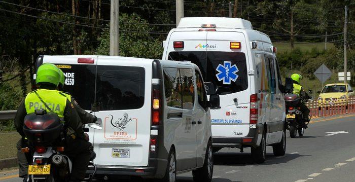 Al menos siete muertos y 11 heridos por la explosión de un autobús en Colombia