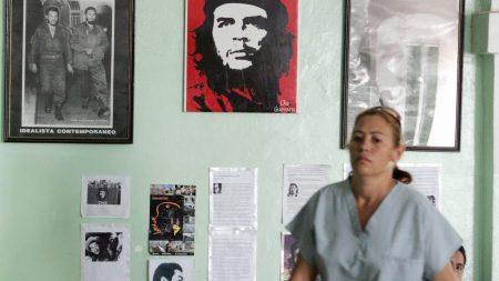 Gobierno de Bolivia precinta inmuebles y embarga vehículos en posesión de médicos cubanos