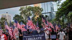 Manifestantes a favor de Hong Kong se reúnen en la bahía de San Francisco