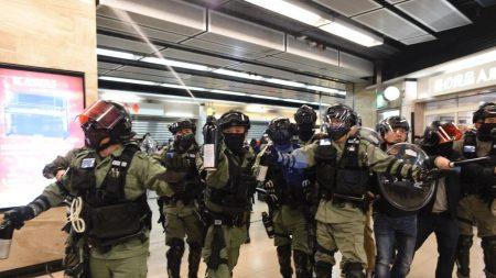 Arrestan a productora de televisión de Hong Kong tras investigar presunta mala conducta policial