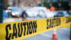 Agarró una escopeta y disparó fatalmente a tres sospechosos que habrían invadido su casa en Texas