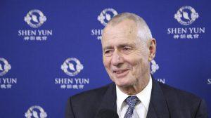 Cirujano vascular elogia la defensa de los derechos humanos de Shen Yun