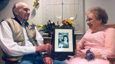 Anciana de 91 años con demencia reconoce a su esposo en el 72º aniversario de boda