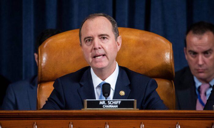 El presidente de la Cámara de Inteligencia, Adam Schiff (D-Calif.), habla en la audiencia abierta de impeachment en Washington el 13 de noviembre de 2019. (Jim Lo Scalzo/Pool/AFP a través de Getty Images)