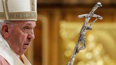 Papa ordena abolição do segredo pontifício para casos de abuso de menores