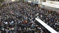 Milhares de pessoas celebram os seis meses de protestos em Hong Kong
