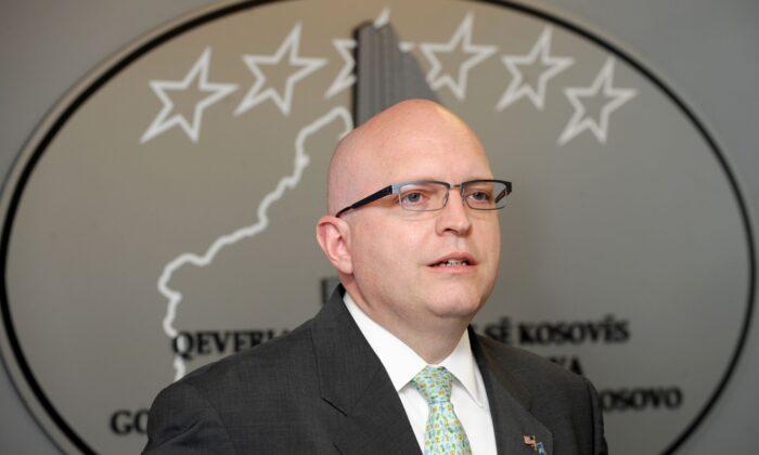 Philip Reeker, Subsecretario de Estado adjunto de los Estados Unidos, en una foto de archivo (ARMEND NIMANI/AFP via Getty Images)