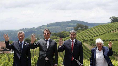 """Bolsonaro afirma que Mercosul não pode """"aceitar retrocessos ideológicos"""""""